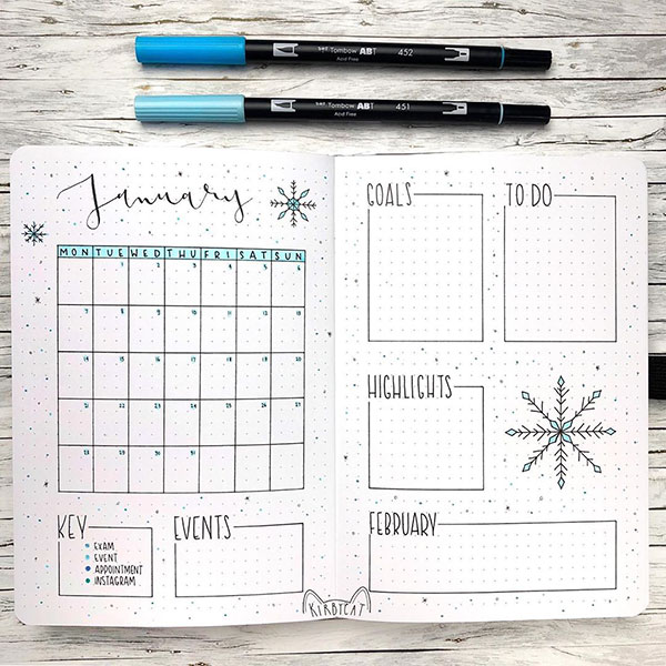 Simple snowflake themed monthly bujo spread